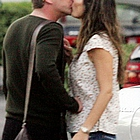 kiefer sutherland tricia cardozo kiss01