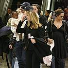 brad angelina airport10