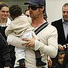 brad angelina airport15