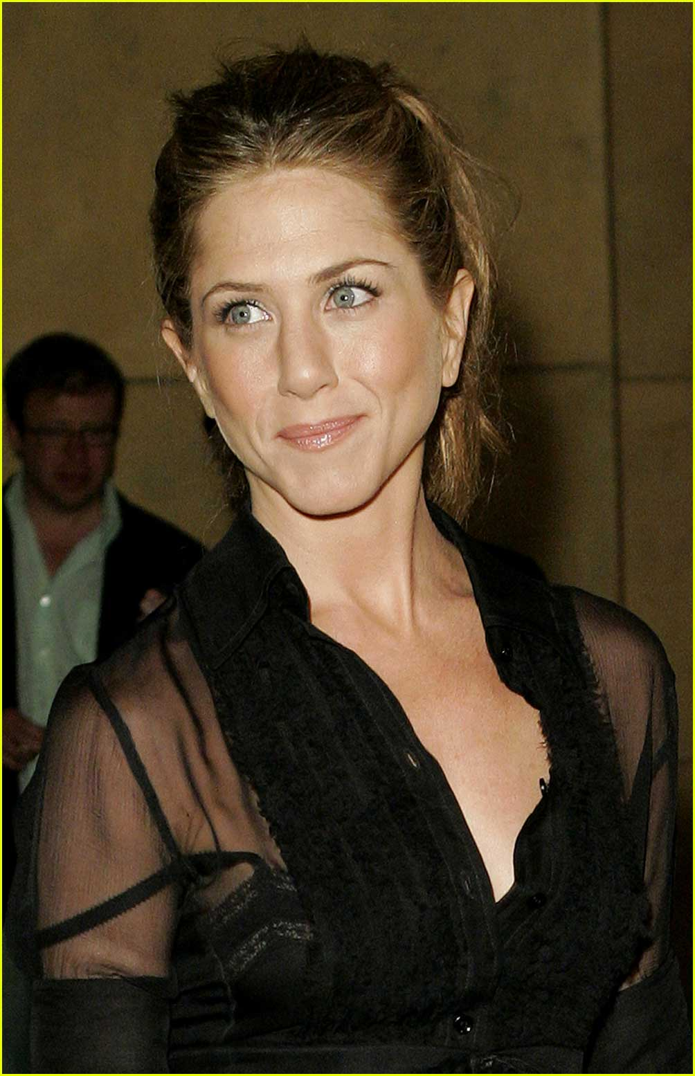jennifer aniston friends with money39