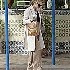 reese witherspoon jogging coffee06