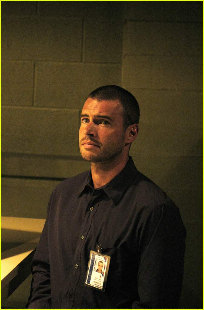 scott foley the unit14