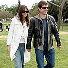 tom cruise katie holmes soccer04