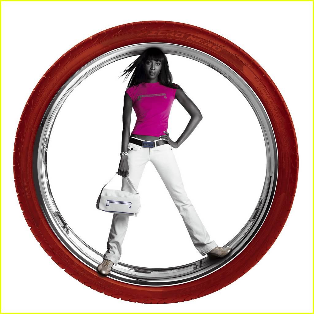 Full sized photo of tyson beckford naomi pirelli12 photo for Naomi campbell pirelli