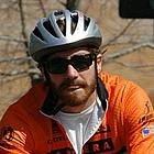 jake gyllenhaal riding bicycle04