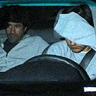 tobey maguire hiding face02
