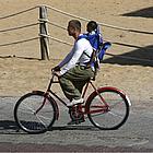 brad pitt bike ride05
