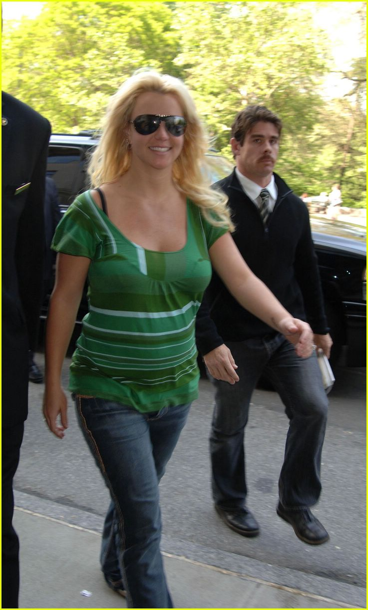 britney spears crying19