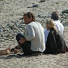jude law sienna miller beach03