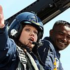 kelly clarkson flying airplane01