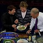 tom cruise drinking olive oil08