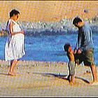 angelina jolie beach02