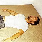 brad pitt in bed07
