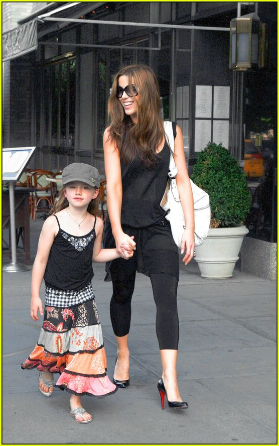 Lily Sheen: Kate Beckinsale's Daughter: Photo 321651 ... Kate Beckinsale Daughter
