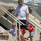 ryan phillippe family beach04