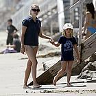 ryan phillippe shirtless beach02