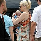 gwen stefani kingston pacifier07