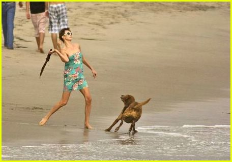 Charlize Theron: Beach Pictures: Photo 256011 | Charlize ...