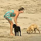 charlize theron beach03