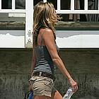jennifer aniston beach 20
