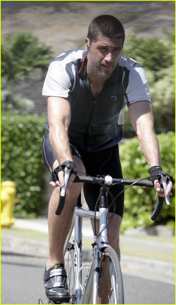 matthew fox running biking 18