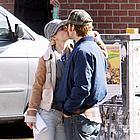 ryan gosling rachel mcadams kissing 08