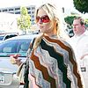 heidi-klum-poncho-04