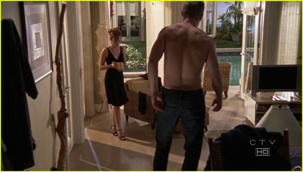 ben mckenzie shirtless 05