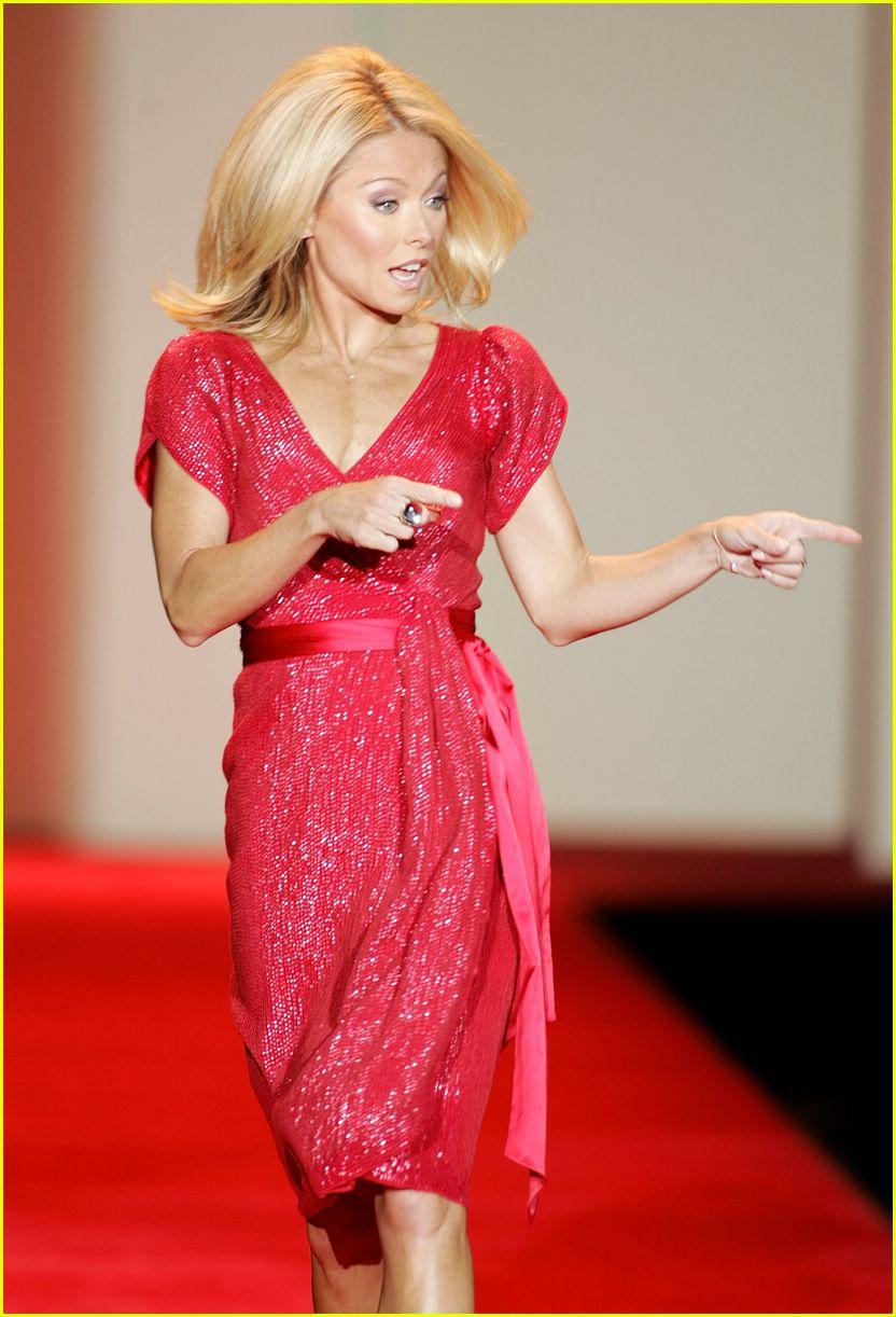 red dress 2007 142419610