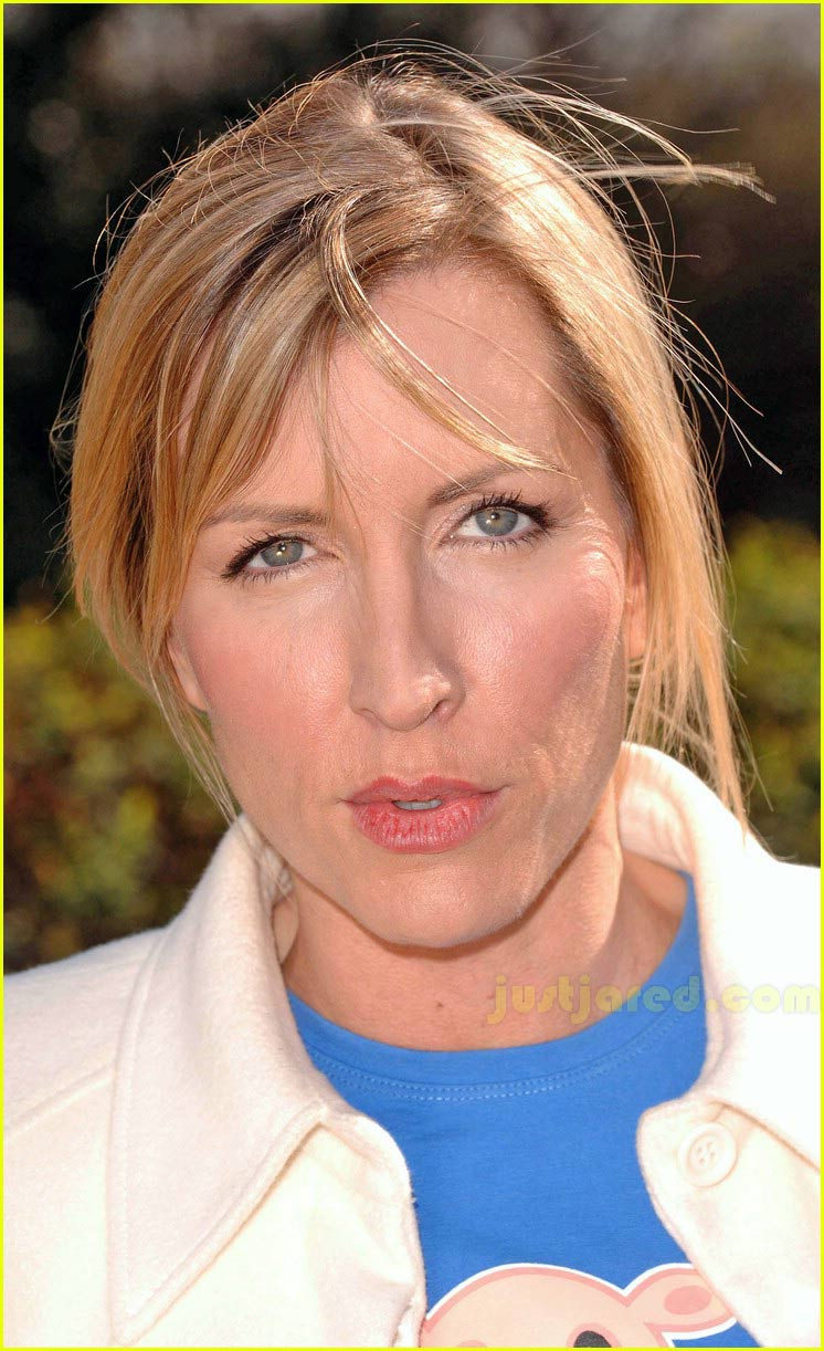 heather mills protest 02