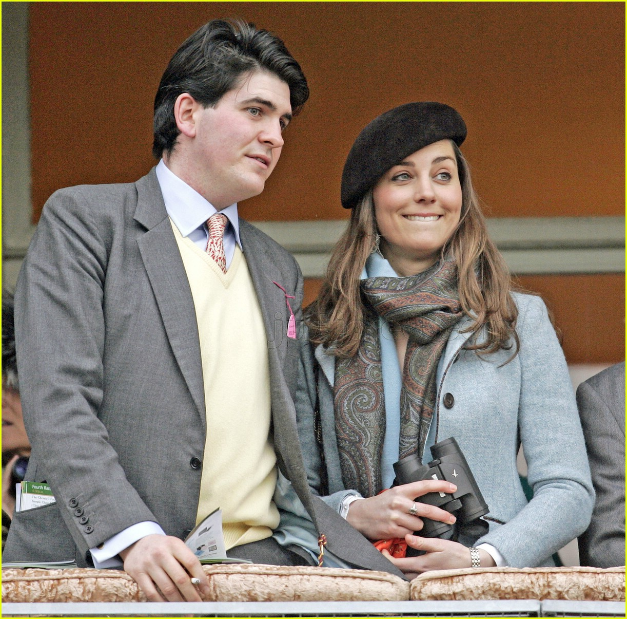 kate middleton horse racing 05