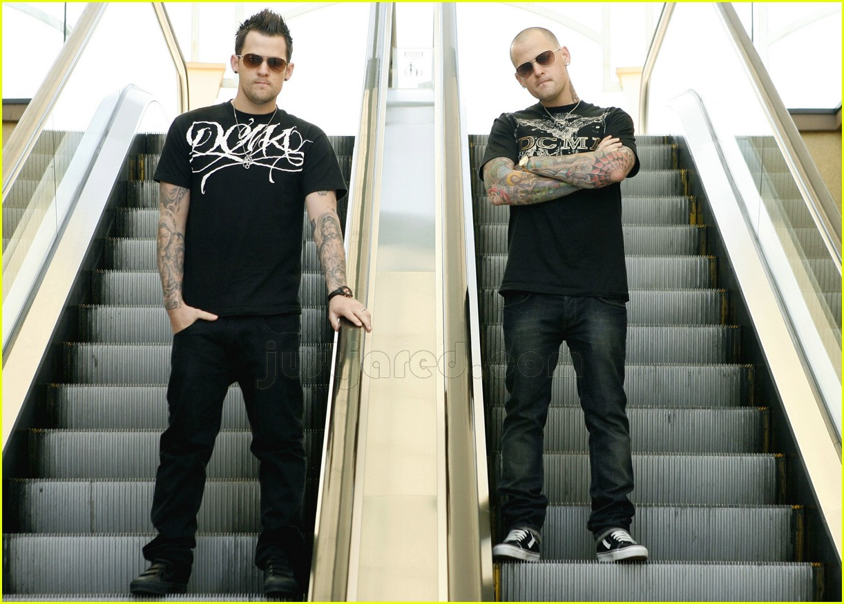 madden brothers wallpaper