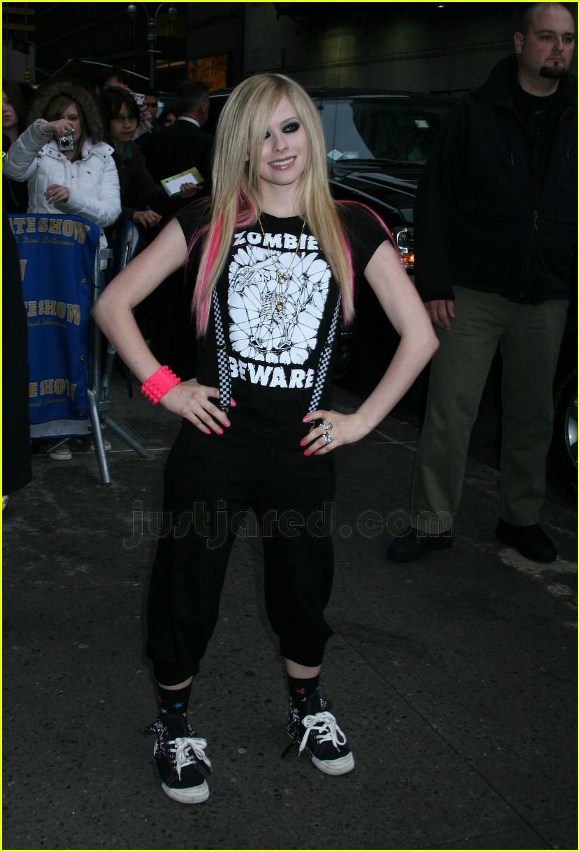 Avril Lavigne Bring Glam Back Photo 114901 Avril