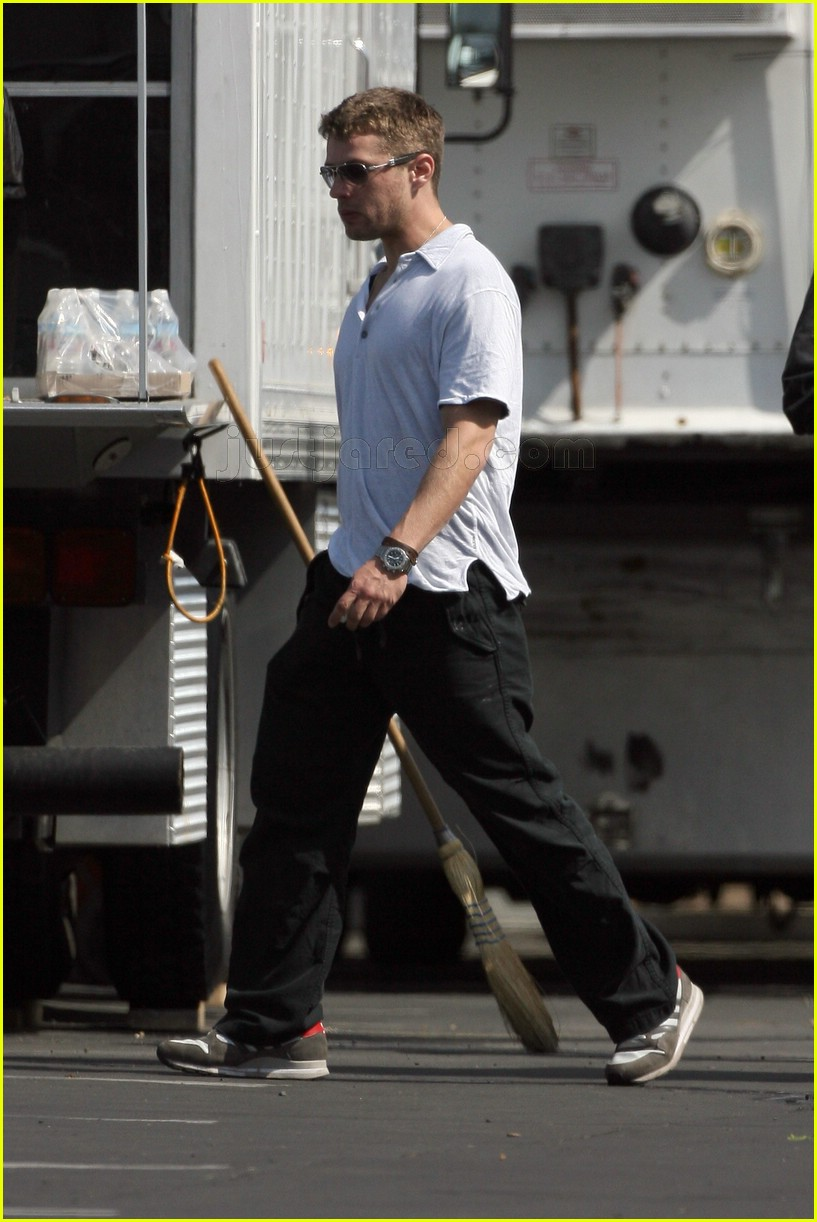 ryan phillippe stop loss set 02