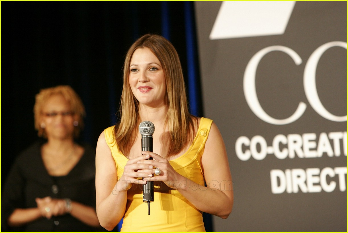 drew barrymore covergirl 15100621