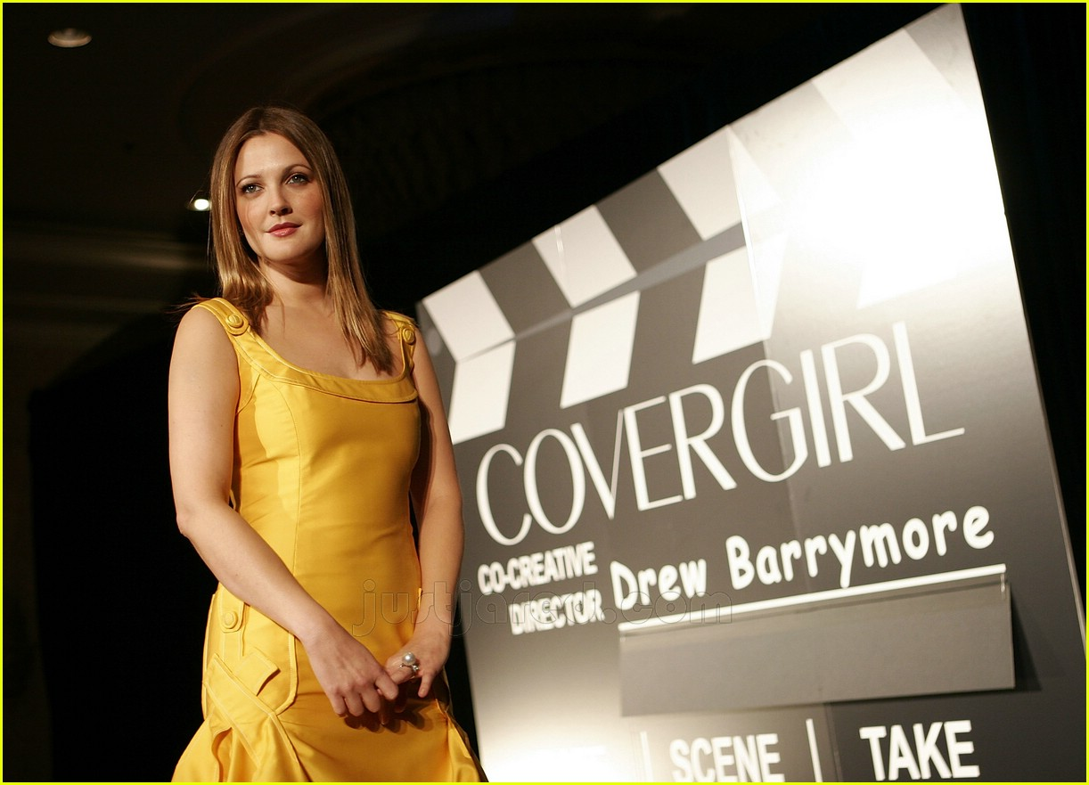drew barrymore covergirl 20100671