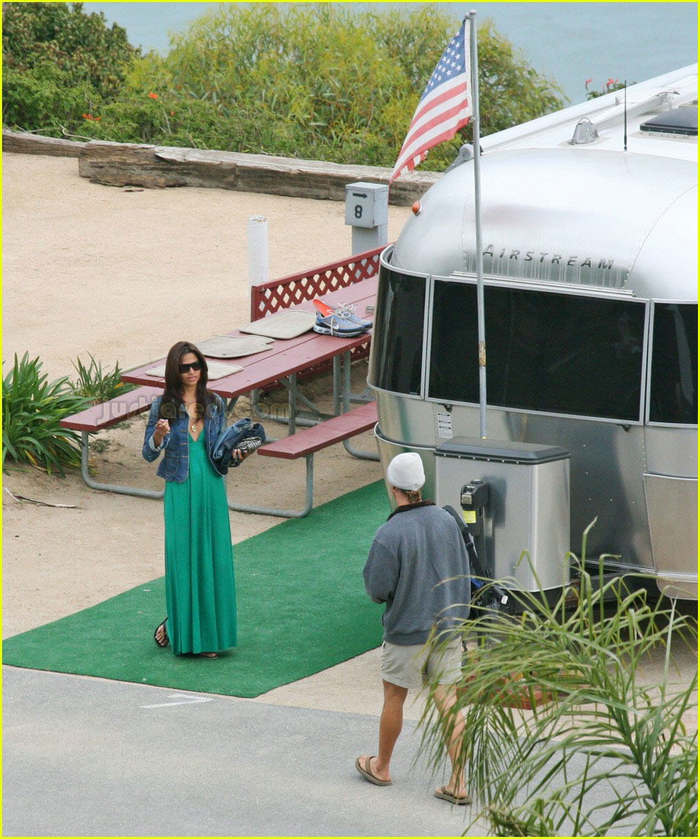 how to hook up a travel trailer