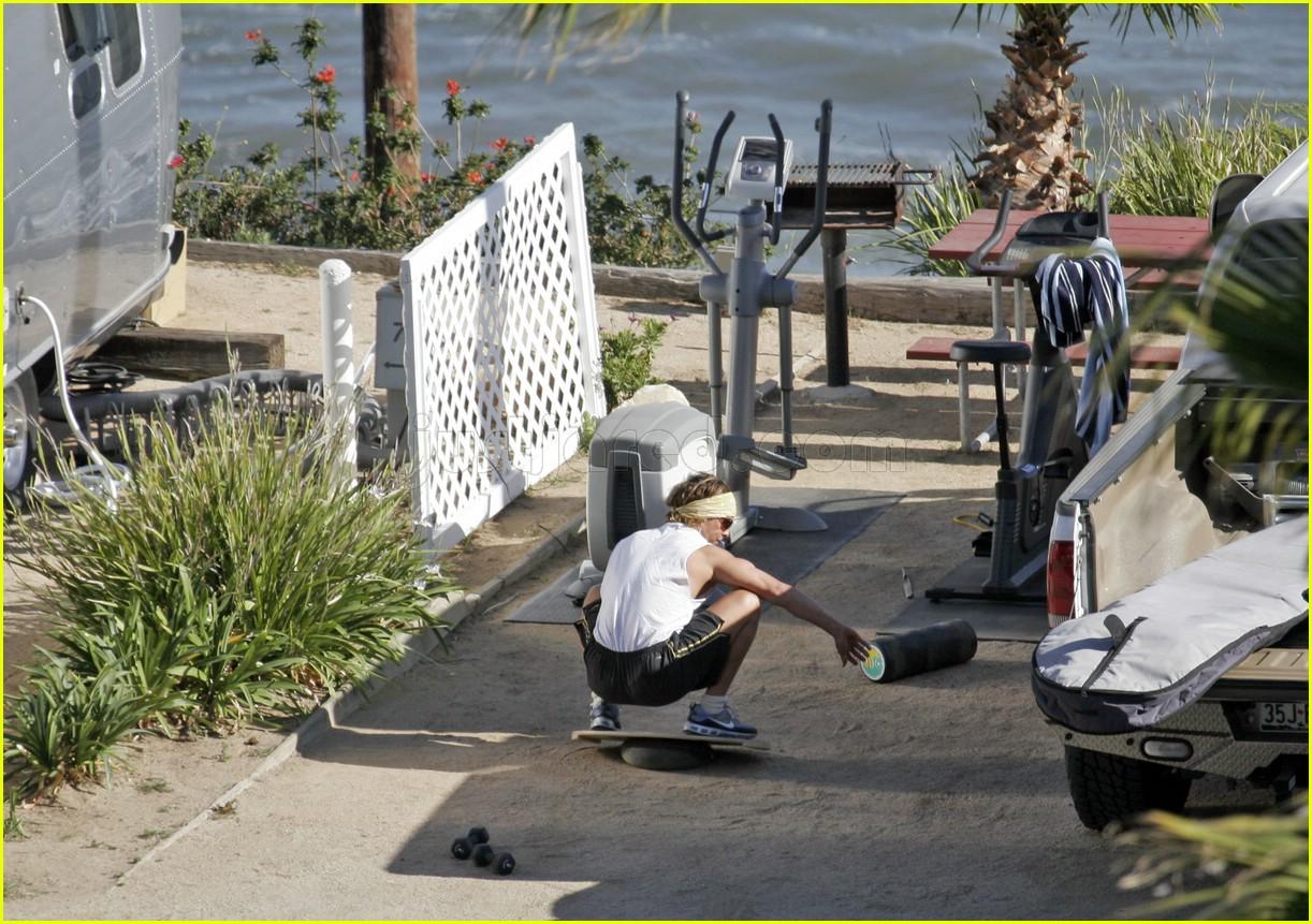 matthew mcconaughey exercising 07