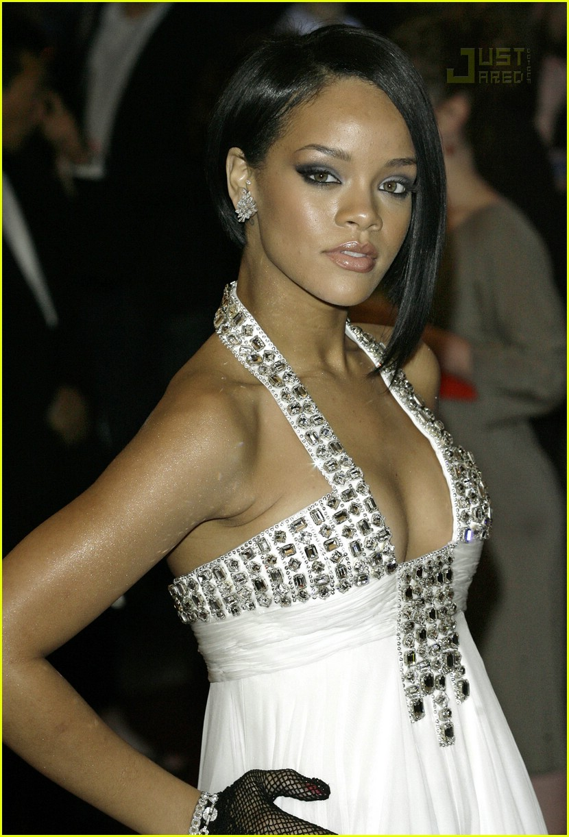 rihanna costume institute 2007 10