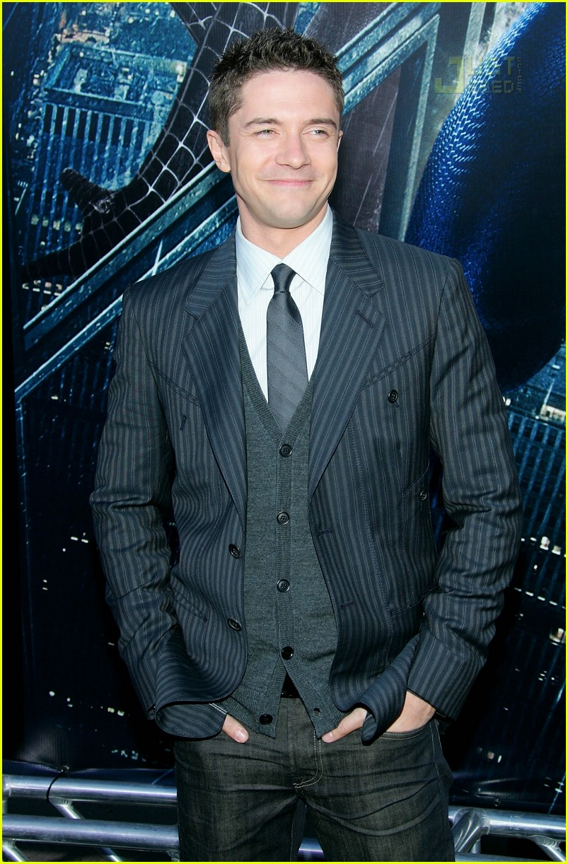 topher grace tribeca film festival 01