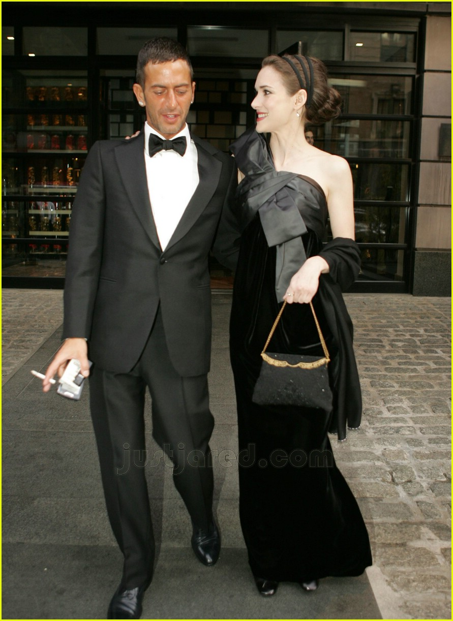 winona ryder costume institute 2007 05