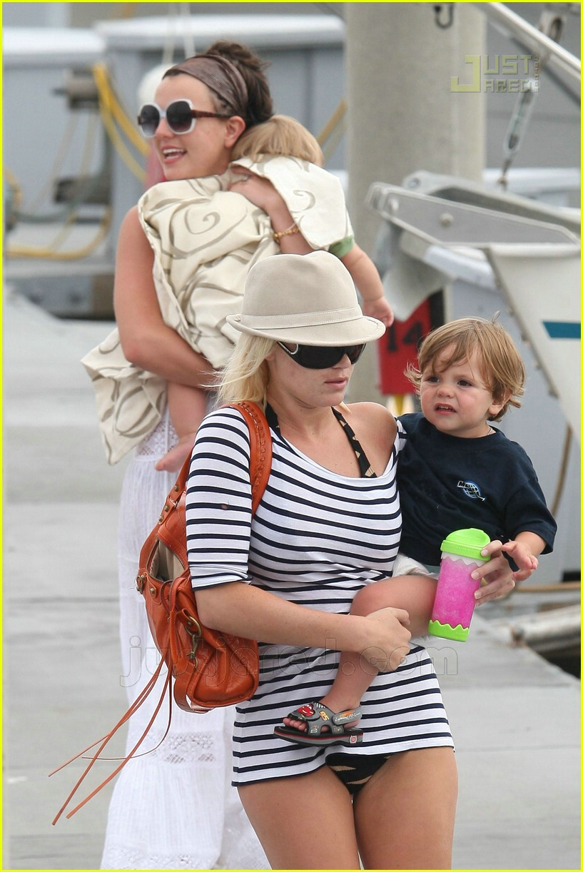 britney spears marina del ray 23