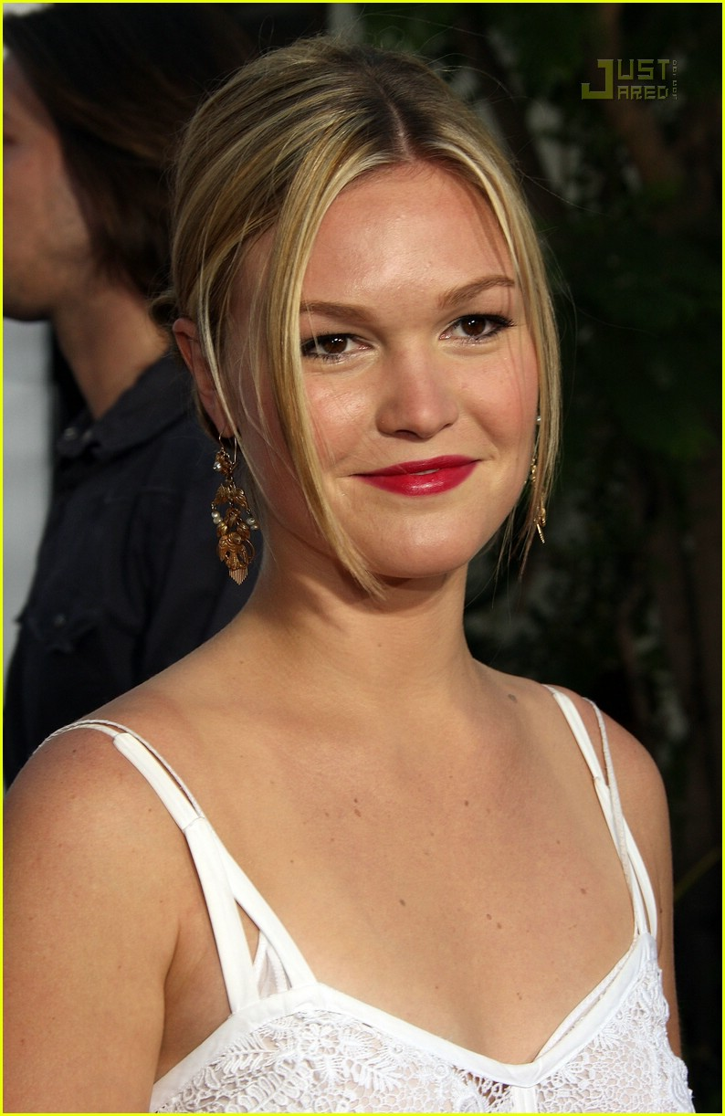julia stiles bourne ultimatum premiere56