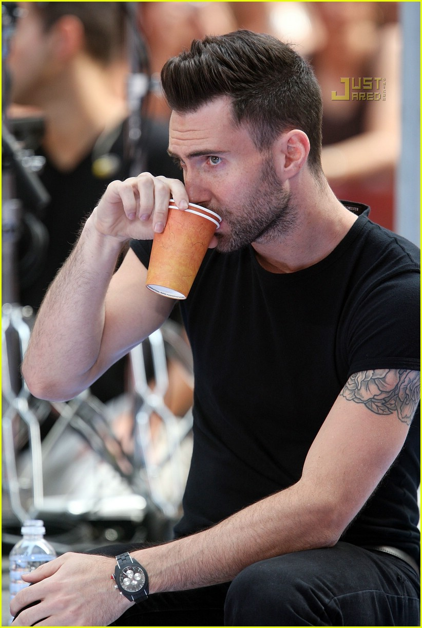 adam levine the today show 03535051