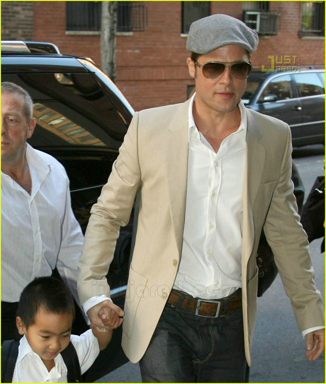 brad angelina french school 02