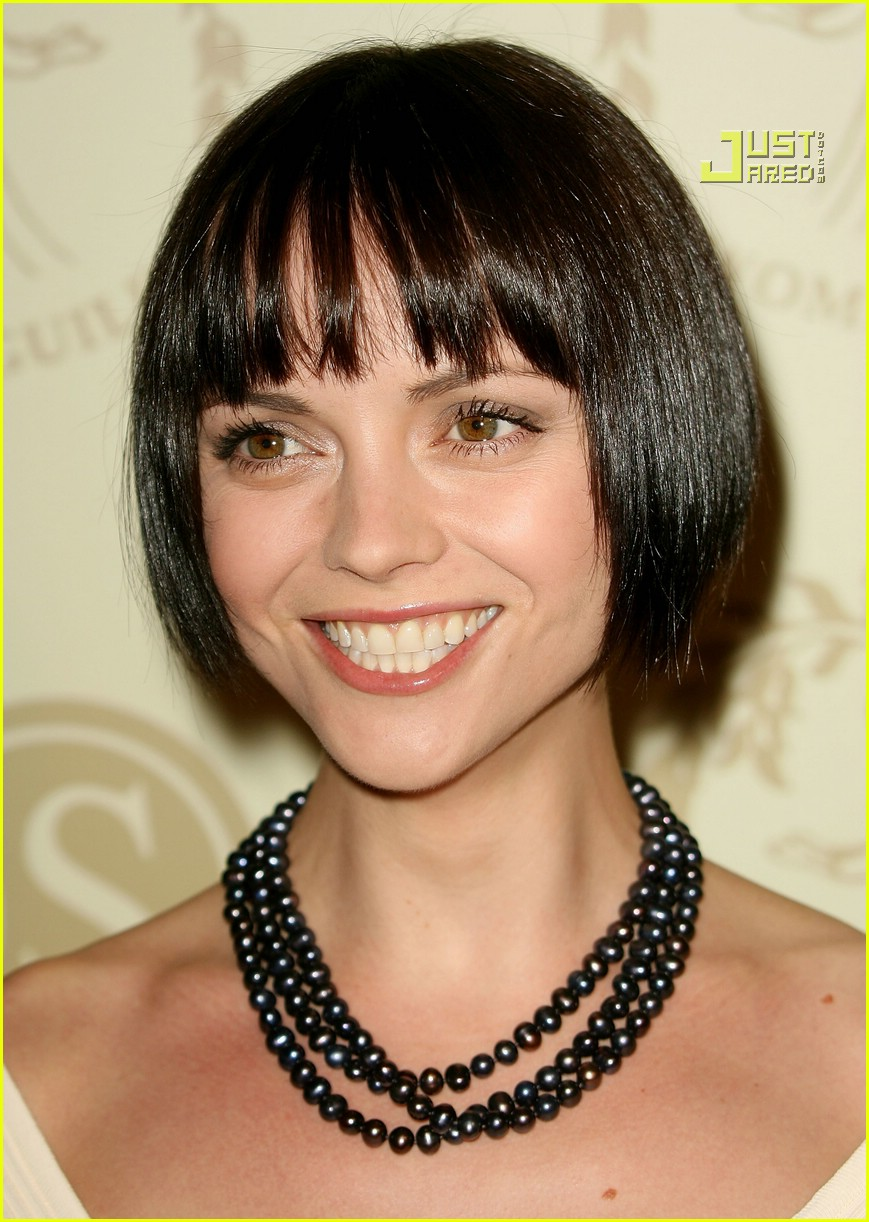 Christina Ricci Has Super Short Hair Photo 590881 Christina Ricci