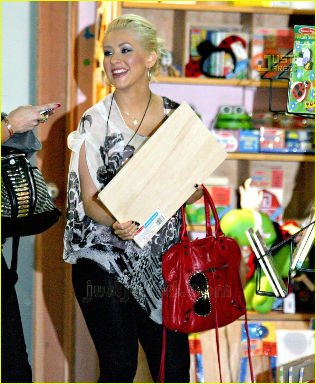 Full Sized Photo of christina aguilera baby store shopping ... Christina Aguilera