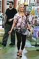 christina aguilera baby store shopping 12