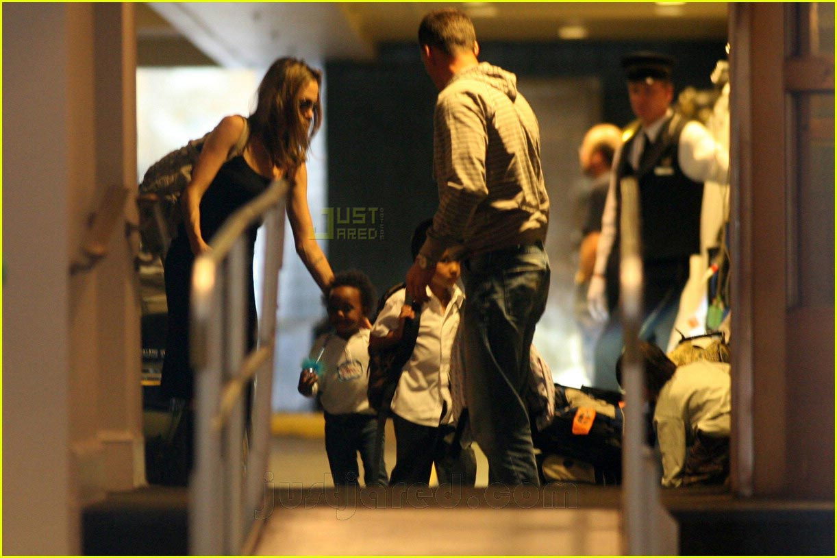 brad angelina new york hotel 01