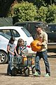 09 justin chambers pumpkin picking